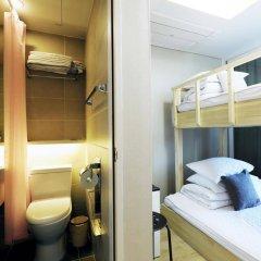 Отель Stay 7 - Hostel (formerly K-Guesthouse Myeongdong 3) Южная Корея, Сеул - 1 отзыв об отеле, цены и фото номеров - забронировать отель Stay 7 - Hostel (formerly K-Guesthouse Myeongdong 3) онлайн балкон