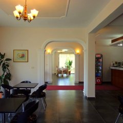Отель Viktoria Албания, Тирана - отзывы, цены и фото номеров - забронировать отель Viktoria онлайн интерьер отеля фото 2