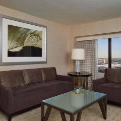 Отель Hilton Los Angeles Airport США, Лос-Анджелес - 10 отзывов об отеле, цены и фото номеров - забронировать отель Hilton Los Angeles Airport онлайн комната для гостей фото 2