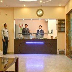 Отель Apra International Индия, Нью-Дели - отзывы, цены и фото номеров - забронировать отель Apra International онлайн сауна
