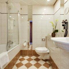 Отель Radisson Blu Scandinavia Hotel, Copenhagen Дания, Копенгаген - 2 отзыва об отеле, цены и фото номеров - забронировать отель Radisson Blu Scandinavia Hotel, Copenhagen онлайн ванная
