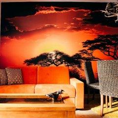 Отель Art Suites Santander бассейн