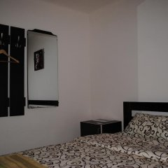 Хостел StareMisto комната для гостей фото 2