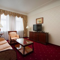 Гостиница Марриотт Москва Тверская комната для гостей