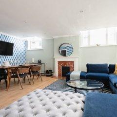 Отель The Kensington Palace Mews - Bright & Modern 6bdr House With Garage Лондон комната для гостей фото 3