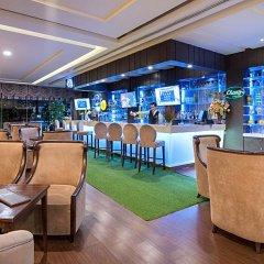 Отель Berkeley Pratunam Бангкок гостиничный бар