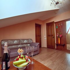 Гостиница Вилла Анна в Сочи 9 отзывов об отеле, цены и фото номеров - забронировать гостиницу Вилла Анна онлайн балкон