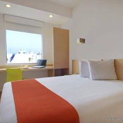 Отель One Acapulco Costera комната для гостей фото 3