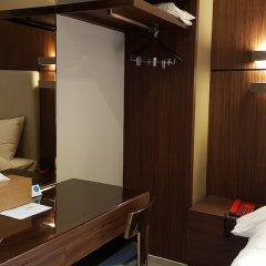 The California Hotel Сеул сейф в номере