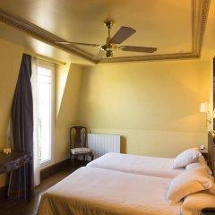Отель La Galeria Сан-Себастьян комната для гостей