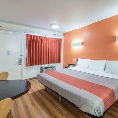 Отель Motel 6 Columbus - Worthington США, Колумбус - отзывы, цены и фото номеров - забронировать отель Motel 6 Columbus - Worthington онлайн комната для гостей фото 3