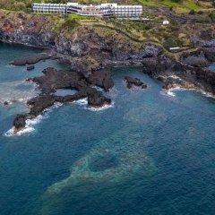 Отель Caloura Hotel Resort Португалия, Агуа-де-Пау - 3 отзыва об отеле, цены и фото номеров - забронировать отель Caloura Hotel Resort онлайн пляж