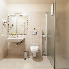 Отель Conviva Литва, Паневежис - отзывы, цены и фото номеров - забронировать отель Conviva онлайн ванная фото 2