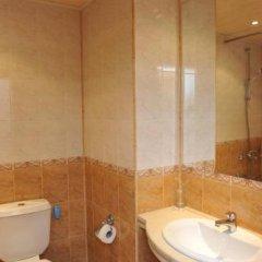 Отель Sokol Hotel Болгария, Сандански - отзывы, цены и фото номеров - забронировать отель Sokol Hotel онлайн ванная фото 3