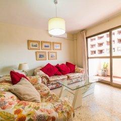 Отель Edicicio Sol Playa   5 Pax   First Line   3652-AW Испания, Фуэнхирола - отзывы, цены и фото номеров - забронировать отель Edicicio Sol Playa   5 Pax   First Line   3652-AW онлайн комната для гостей фото 4