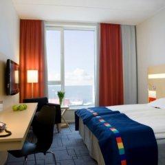 Отель Park Inn by Radisson Malmö Швеция, Мальме - 3 отзыва об отеле, цены и фото номеров - забронировать отель Park Inn by Radisson Malmö онлайн комната для гостей фото 4