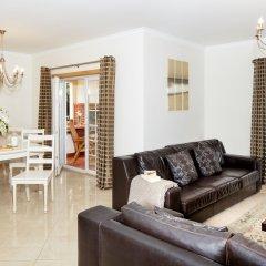 Отель The Village Praia D El Rey Golf & Beach Resort Обидуш комната для гостей