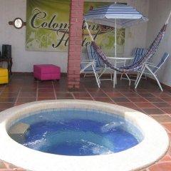 Отель Colombian Home Hostel Cali Колумбия, Кали - отзывы, цены и фото номеров - забронировать отель Colombian Home Hostel Cali онлайн бассейн фото 2