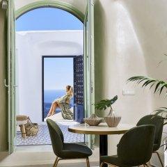Отель Gitsa Cliff Luxury Villa Греция, Остров Санторини - отзывы, цены и фото номеров - забронировать отель Gitsa Cliff Luxury Villa онлайн комната для гостей фото 4
