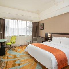 Отель Holiday Inn Express Chengdu Wuhou комната для гостей фото 2