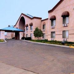 Отель Comfort Inn Farmington парковка
