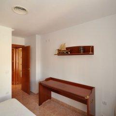 Отель Apartamento Duplex Llaverias Испания, Льорет-де-Мар - отзывы, цены и фото номеров - забронировать отель Apartamento Duplex Llaverias онлайн комната для гостей фото 5