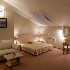 Гостиница Галерея 3* Стандартный номер с двуспальной кроватью фото 11