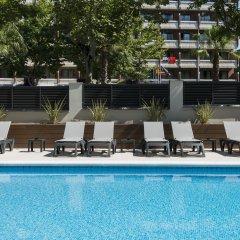 Отель California Apts. бассейн