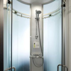 Отель Wakeup Copenhagen - Carsten Niebuhrs Gade 2* Стандартный номер с различными типами кроватей фото 11
