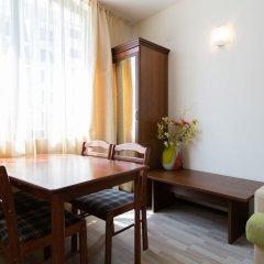 Апартаменты Two Bedroom Apartment with Kitchen & Balcony комната для гостей фото 2