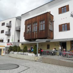Hotel Garni Zum Hirschen Маллес-Веноста вид на фасад