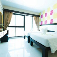 Neo Hotel комната для гостей