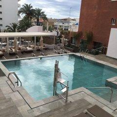Отель Fénix Torremolinos - Adults Only Испания, Торремолинос - отзывы, цены и фото номеров - забронировать отель Fénix Torremolinos - Adults Only онлайн бассейн фото 3