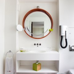 Отель Hôtel Beauchamps Франция, Париж - отзывы, цены и фото номеров - забронировать отель Hôtel Beauchamps онлайн ванная