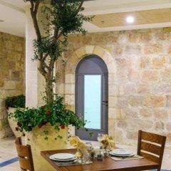 Отель Sepharadic House Иерусалим спортивное сооружение