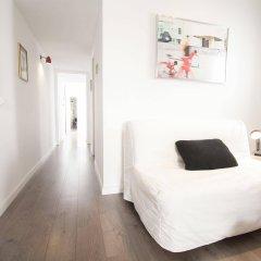 Апартаменты Apartments Gaudi Barcelona комната для гостей