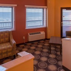 Отель Best Western Oceanfront - New Smyrna Beach интерьер отеля фото 2