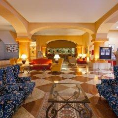 Senator Barcelona Spa Hotel интерьер отеля