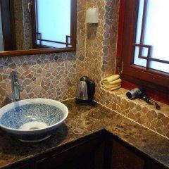 Отель Jihouse Hotel Китай, Пекин - отзывы, цены и фото номеров - забронировать отель Jihouse Hotel онлайн ванная