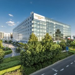 Отель Courtyard by Marriott Prague Airport Прага городской автобус