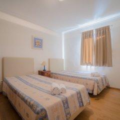 Отель Marina Buzios by Garvetur Португалия, Виламура - отзывы, цены и фото номеров - забронировать отель Marina Buzios by Garvetur онлайн комната для гостей фото 3