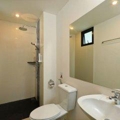 Отель Villa Emiemi Пхукет ванная фото 2