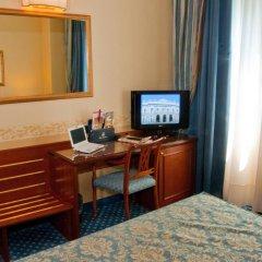 Отель Windsor Hotel Milano Италия, Милан - 9 отзывов об отеле, цены и фото номеров - забронировать отель Windsor Hotel Milano онлайн удобства в номере фото 2