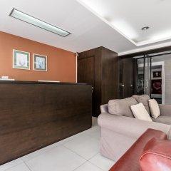 Отель Double Two@Sathorn Бангкок интерьер отеля фото 2