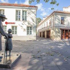 Отель Vilnius Apartments & Suites Old Town Литва, Вильнюс - отзывы, цены и фото номеров - забронировать отель Vilnius Apartments & Suites Old Town онлайн спортивное сооружение