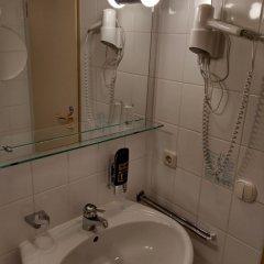 Отель Blutenburg Германия, Мюнхен - отзывы, цены и фото номеров - забронировать отель Blutenburg онлайн ванная фото 2