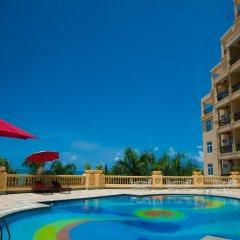 Sanya Golden Phoenix Sea View Hotel бассейн