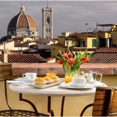 Отель L'Orologio Италия, Флоренция - 10 отзывов об отеле, цены и фото номеров - забронировать отель L'Orologio онлайн балкон