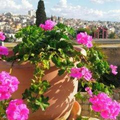 Rosana Guest House Израиль, Назарет - отзывы, цены и фото номеров - забронировать отель Rosana Guest House онлайн балкон