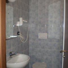 Отель Albergo della Posta Италия, Генуя - отзывы, цены и фото номеров - забронировать отель Albergo della Posta онлайн ванная
